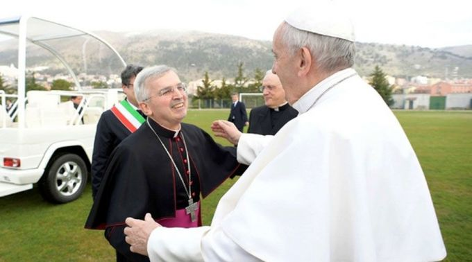 Castoro_PapaFrancisco_SanGiovanniRotondo_VaticanMedia_08052018