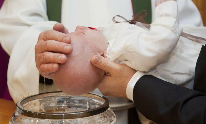 lembrança-do-batismo-696x418